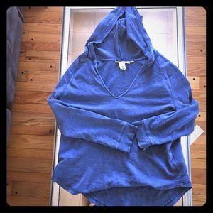 NWOT H&M v neck hoodie size medium